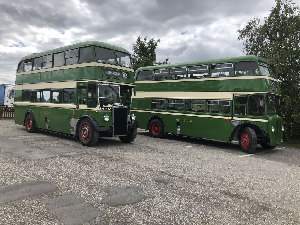 Leyland PD2 and Guy Arab at the Redbeck, Yorkshire Day 2020